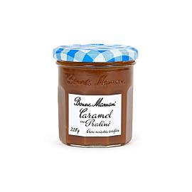 Nougat-Caramel mit gerösteten Haselnüssen